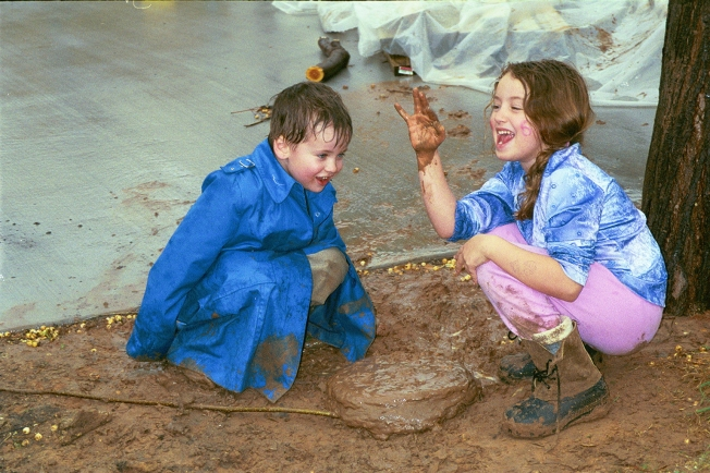 playing in the mud (2002)